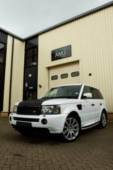 Range Rover Carbon Fiber Vinyl Wrap